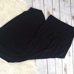 Dresses & Skirts - Basic black knit stretch maxi skirt